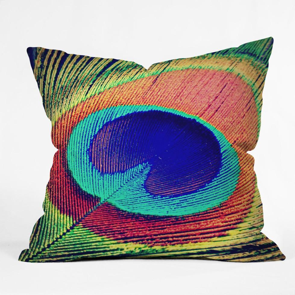 shannon-clark-the-eye-throw-pillow