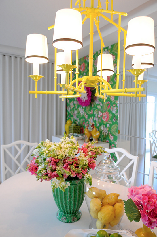 Kelly Green with a Lemon Pop Decor | Daily Digs