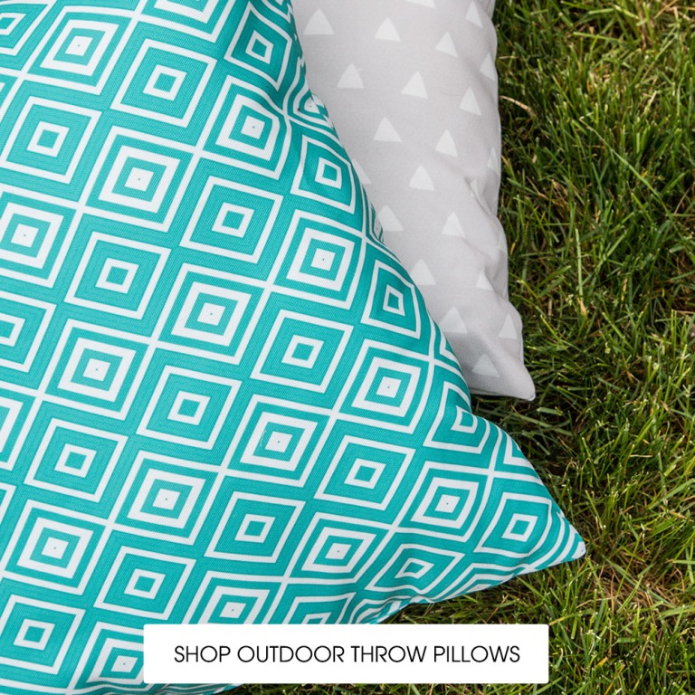 shop-outdoor-pillows