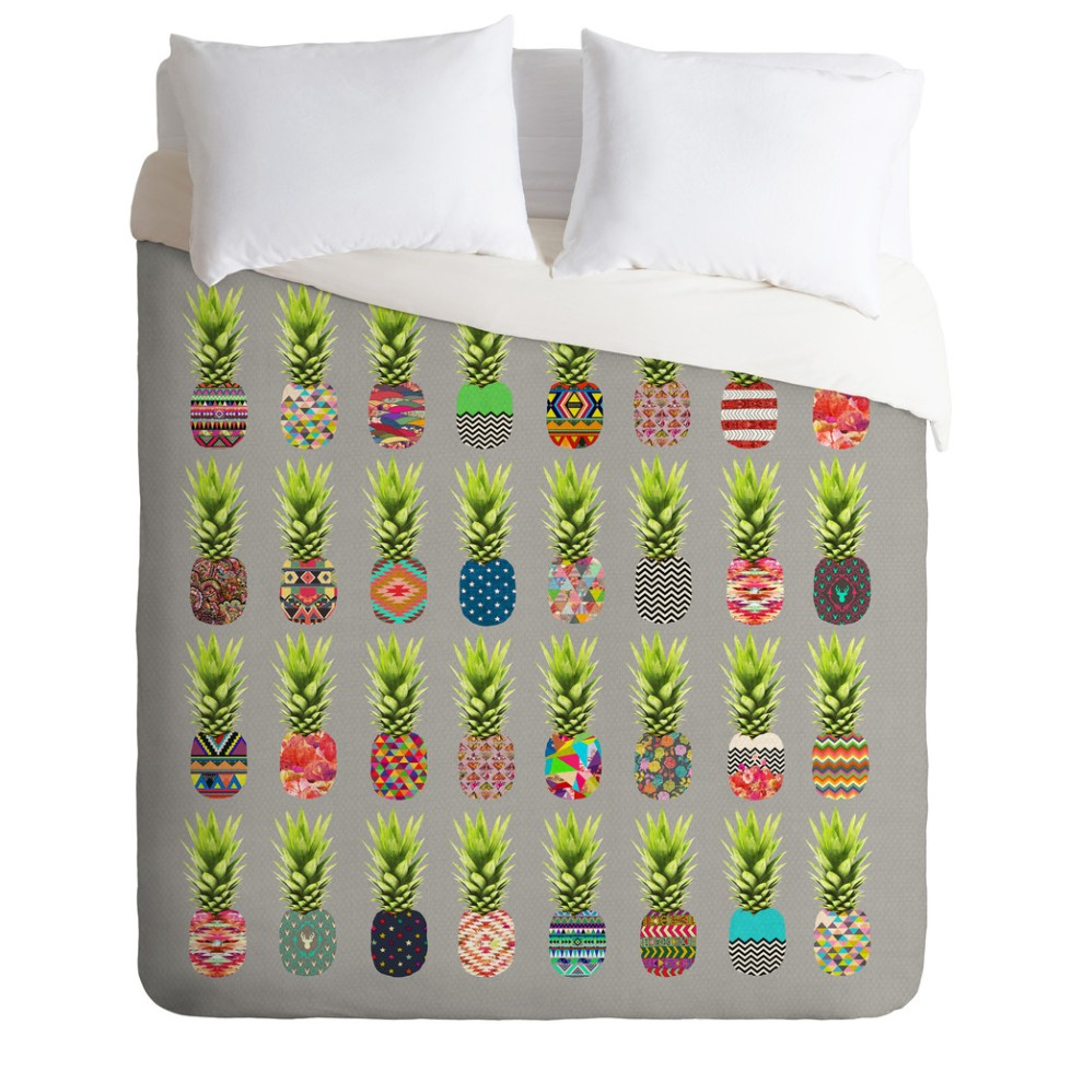 bianca-green-pineapple-party-duvet-and-pillows-top_1024x1024