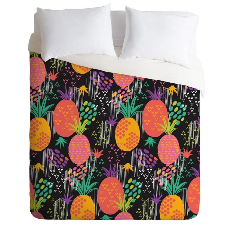 zoe-wodarz-midnight-pineapple-duvet-and-pillows-top