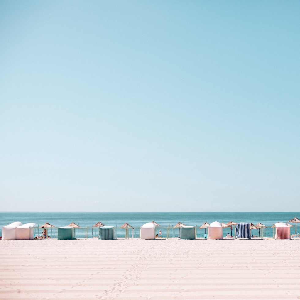 Now Trending: Linear Beach Photography